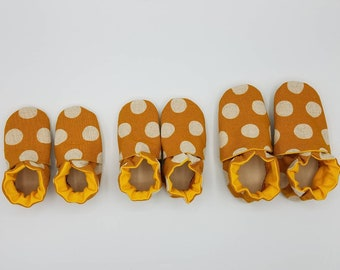 Custom classroom shoes, soft soled slippers, made to order slippers. Montessori or Waldorf shoes. Made to order. Mustard dots