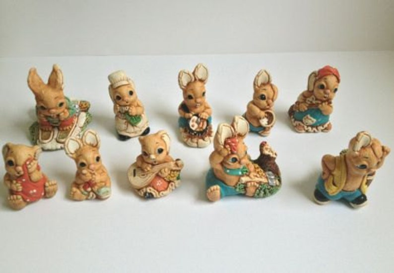 cbf1abf8b157 Woodlanders Mereside Global arte England Bunny conejo