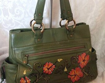"""SALE 125.00! Tommy Bahama Purse, Hand Painted, One of a Kind, Tropical Resort, WOW Factor, Very Soft Leather, Lots of Storage, 14""""x 10""""x 4"""""""