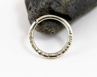 Navel ring, Hammered Sterling Silver, 14, 16,18,19,20 gauge, Piercing, Belly ring, Navel Jewelry, Oxidised or plain, Handmade, Textured