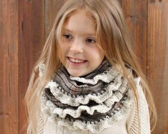 Toddler Infinity Scarf, 5-10 years, Plaid Infinity Scarf, Children's Scarf, Photo Prop, Girls Winter Scarf, Soft, Warm, Chrochet edges, Grey