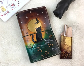 All Sizes Witch's Cat Travelers Notebook Elrohir Leather Midori Standard A4 A5 B6 A6 Cahier B6 Pocket Regular Passport cat book witchy moon