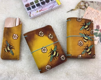 Ready To Ship Elrohir Leather Burning Bees Field Notes/Pocket Size Traveler's Notebook wallet bujo travel journal notebook cover Moleskine