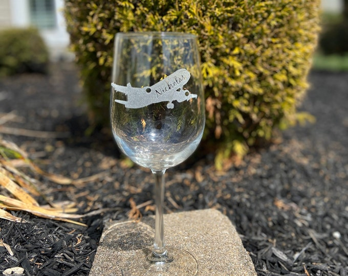 Personalized 20 Ounce Etched Flight Attendant Wine Glass