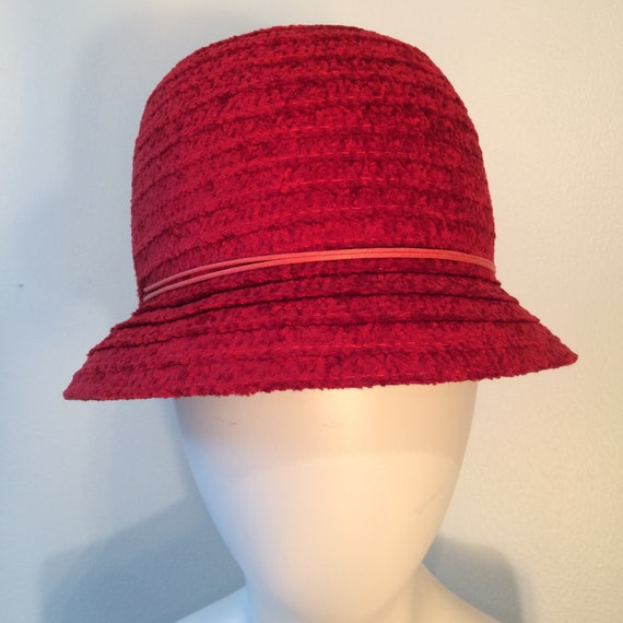 Red Cloche Hat, Vintage Lord & Taylor's Hat, Winte