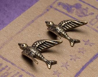 Sparrow Post Earrings