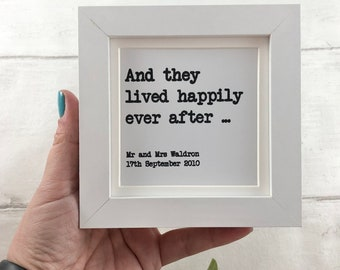 Personalised wedding gift - Small wedding gift - wedding picture frame - Gift for newlyweds - Personalised wedding print - First anniversary