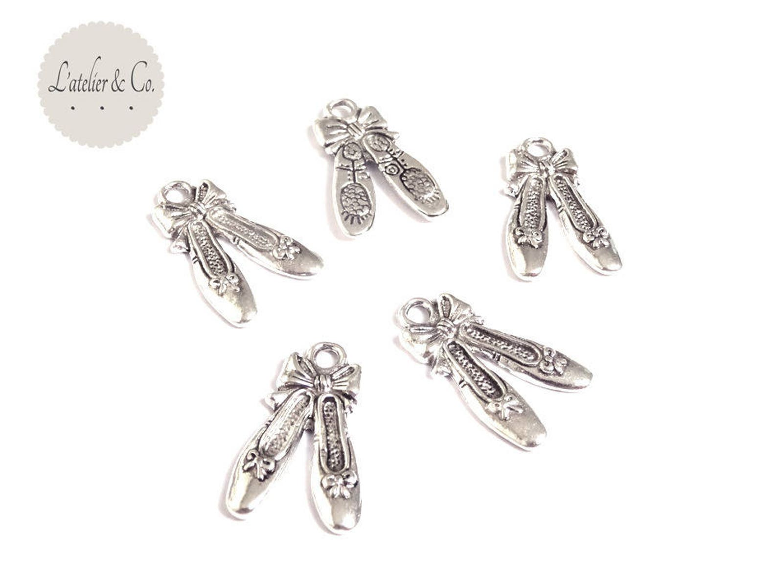 10 21x6mm silver dancer a13 beauty ballet shoe charms