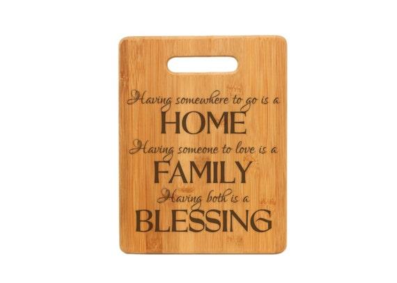 Planche à découper personnalisé, la maison et la famille citent, fermeture cadeau, cadeau de mariage, planche de bois en bambou, cadeau d'anniversaire, cadeau de fête des pères