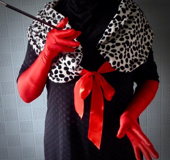 Cruella De Ville Costume pelliccia scialle Stola Wrap Girocollo Halloween Wrap