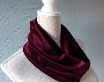 Maroon velvet snood, wine velvet loop scarf, deep wine cowl