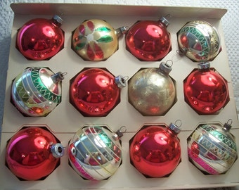 Twelve USA, Shiny Brite Chriatmas Ornaments