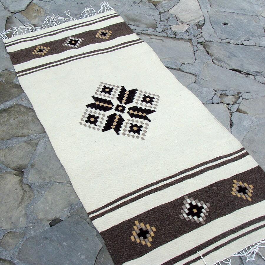 tapis blanc en laine tiss la main tapis boh me tapis etsy. Black Bedroom Furniture Sets. Home Design Ideas