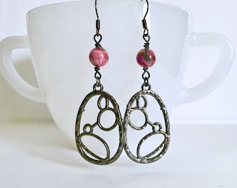 Bubble Earrings / Pink Earrings / Gunmetal Earrings / Pink Bead Earrings / Pink Swirl Earrings / Dangle Earrings