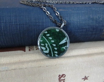 Pattern Necklace / Green & White Necklace / Handmade Paper Necklace / Resin Pendant Necklace / Fairtrade Paper Necklace
