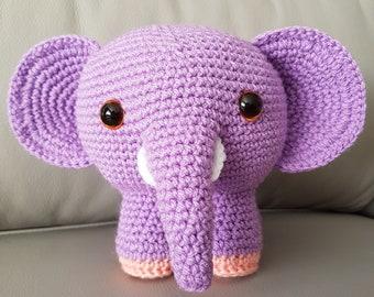 Ellee Elephant in Lilac