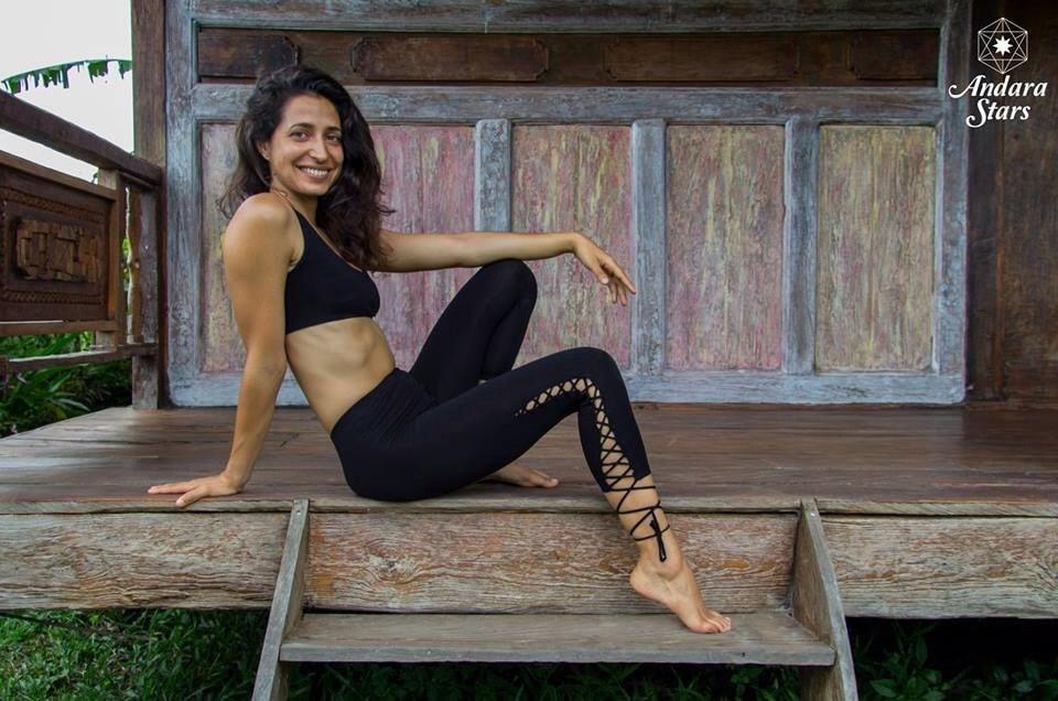 Barefoot babes yoga