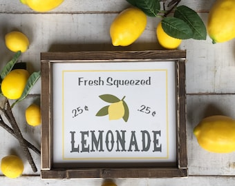 Lemonade sign/farmhouse signs/ signs/ lemonade / rustic farmhouse/ farmhouse decor/ home decor/ kitchen decor/