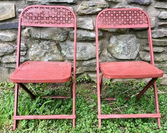 Set Vintage Red Folding Chairs..Childu0027s. Metal. Retro. Starburst. Rustic.  Steel. Rusty. Distressed. Chippy. Farmhouse. Patina. Old. Seating.