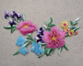 Floral Arrangement - Bunch of Flowers - Iron on Applique - Embroidered Patch - 611519-C