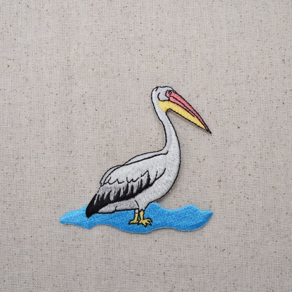 PELICAN LARGE WATER BIRD Yellow Embroidered Iron on Patch Free Postage