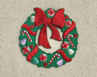 Christmas Wreath - Red Bow/Candy Cane/Peppermints - Iron on Applique - Embroidered Patch - 697274-A