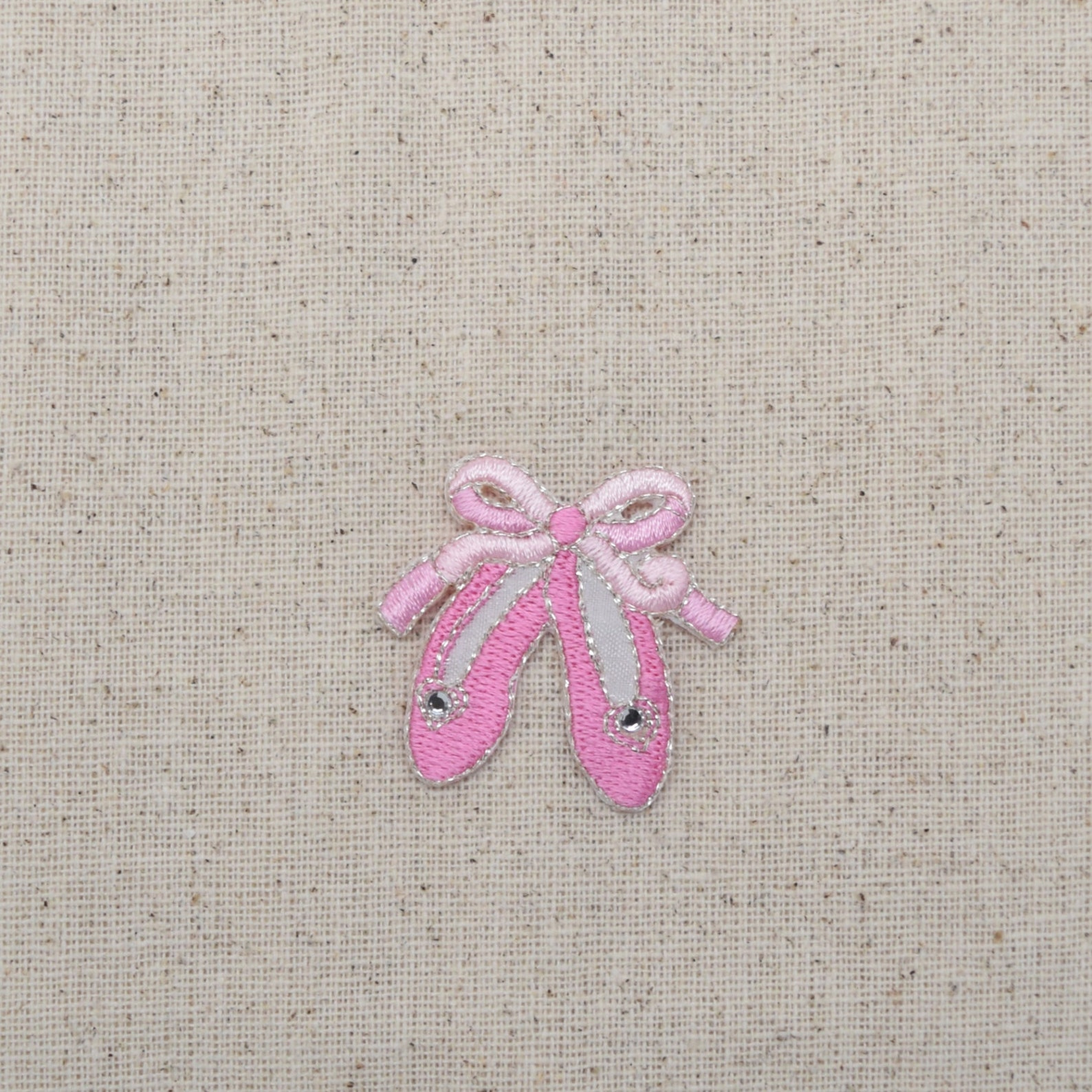 ballet slippers - pink shoes - iron on applique - embroidered patch - 695817-a