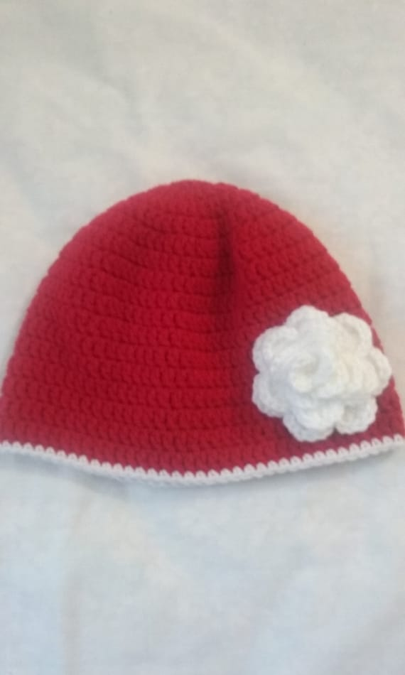 Beautiful crocheted ladies beanie hat with crocheted white  dbef33dc6b46
