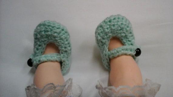 Newborn de Mary Jane chaussures, chaussons bébé, Chaussures enfant en bas âge à Crochet, crochet Mary Jane chaussures, vert pantoufles, vert chaussures de bébé, cadeau bébé personnalisé