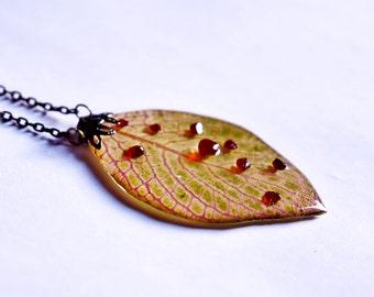 Botanical Halloween necklace, Garnet blood jewelry , Resin Vampire jewelry,  Body anatomy art,  Dead necklace, Zombie pendant, Vein necklace