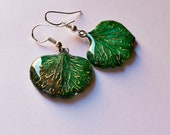 Real petal green earring,...