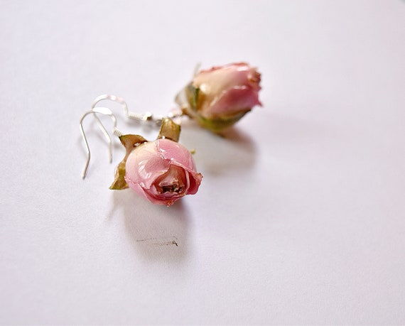 Women/'s Day Jewelry Set Floral Jewelry Rose Bud Earrings Rose Bud Bracelet Mother/'s Day Jewelry Gift Rose Bud Drop Necklace