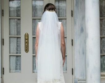 Traditional Fingertip length Illusion Tulle Veil