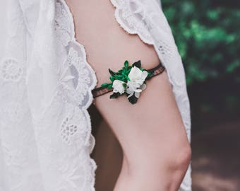 Flower garter  Garter for bride Greenery garter Wedding garter Floral garter Bridal floral garter Lace garter