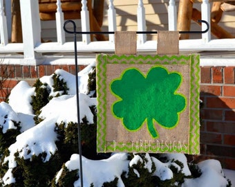 St. Patrick's Day Burlap Personalized Yard Flag // St. Patty's Day Decor // Garden Flag // Burlap Flag