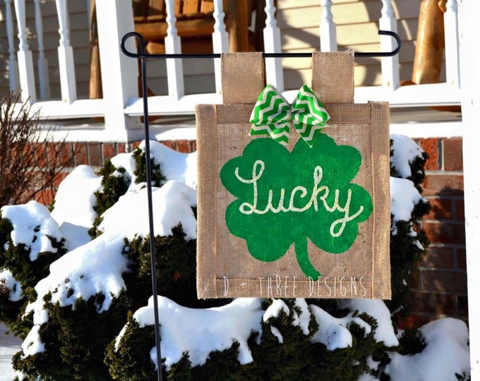 St. Patrick's Day Shamrock Gold Sparkling Lucky Burlap Yard Flag // Garden Flag // Outdoor Flag // St Patty's Day Decor