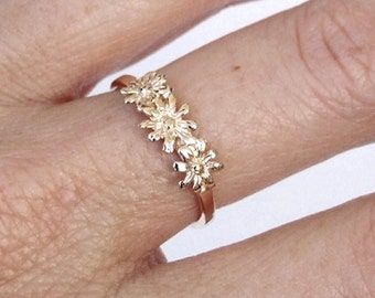 Gold Ring, Flower Ring, Floral Ring, Blossom Ring, Yellow Gold Ring