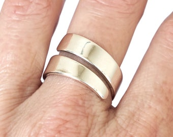 Sterling Silver Ring, Silver Wrap Ring, Silver Twist Ring, Minimalist Jewelry, Minimalist ring, Wide Band Ring