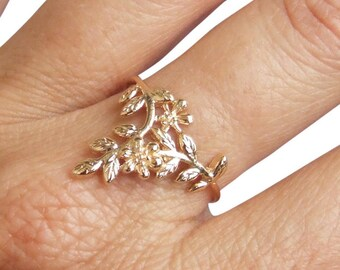 Gold Ring, Flower Ring, Branch Ring, Leaf Ring, Floral Ring, Blossom Ring, Band Ring, Dainty Ring, Gold Plated Ring