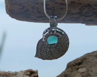 Seashell necklace,Sea glass necklace,Beach Glass Jewelry,Beach glass necklace,Beach glass,Sea glass pendant ,Summer boho necklace