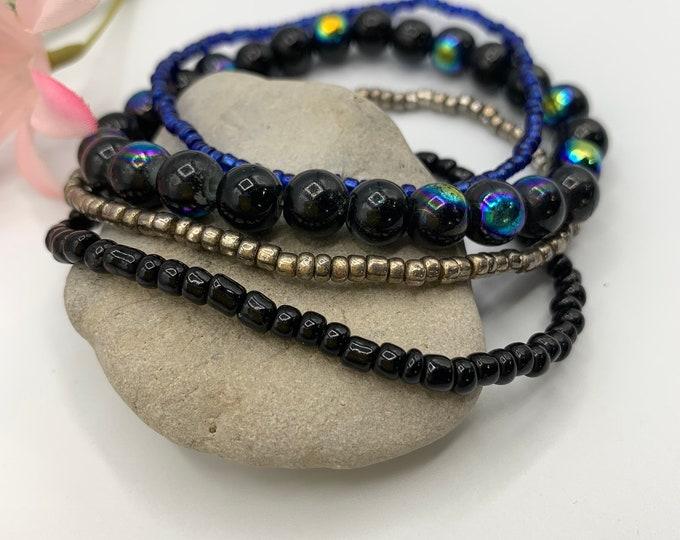 Black Beaded Stack Bracelets, Stackable Bracelet Set, Handmade Stretch Bracelet, Custom Size Bracelet Set, Boho Jewelry, Custom Jewelry