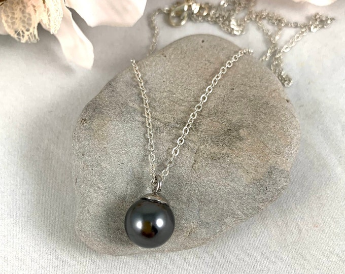 Gray Pearl Silver Plated Pendant Necklace/Handmade 18inch Pendant Necklace