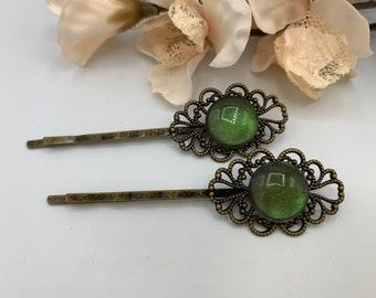 Antique Brass Iridescent Green Hair Pins/Boho Hair Accessory/Handmade Hairpins/Iridescent Green Bobby Pins