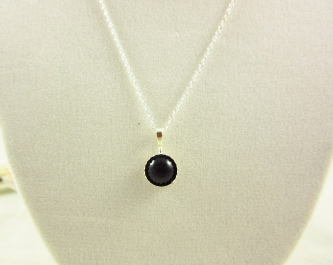 Sterling Silver Onyx Pendant Necklace/ 18inch Necklace/Handmade Necklace/Delicate Necklace/Simple Necklace