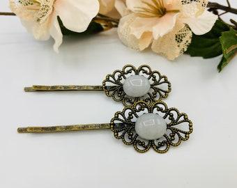 Antique Brass White Agate Hair Pins/Boho Hair Accessory/Handmade Hairpins/White Bobby Pins/Agate Bobby Pins
