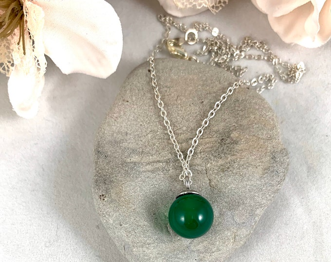 Green Aventurine Silver Plated Pendant Necklace/Handmade 18inch Pendant Necklace