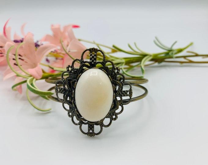 Calcite Cuff Bracelet - Antique Brass Bracelet - 8inch Cuff Bracelet - Boho Bracelet - Boho Jewelry