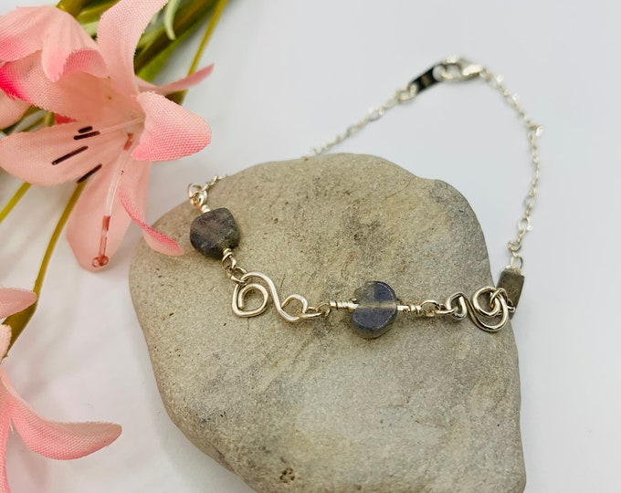 Labradorite Bracelet/Handmade Wire Wrap Bracelet/Sterling Bracelet/Labradorite Jewelry/Wire Wrap Jewelry/Modern Jewelry/Delicate Bracelet