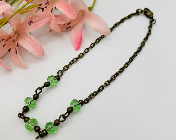 Green Glass Beaded Anklet/Handmade Custom Size Anklet/Simple Antique Brass Ankle/Beach Anklet/Beach Jewelry/Resort Jewelry/Summer Jewelry