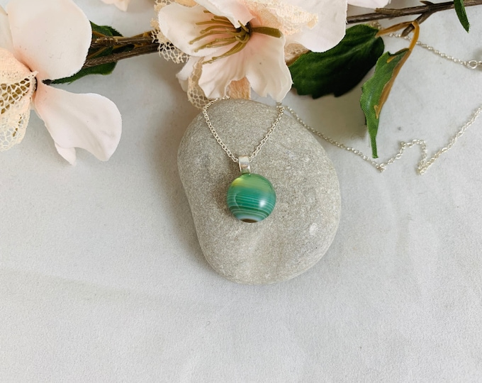 Green Line Agate Sterling Silver Necklace/Handmade Necklace/Pendant Necklace/18inch Necklace/Agate Jewelry/Green Line Agate Pendant